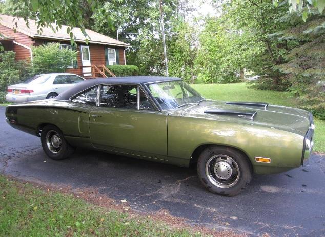 1970-Dodge-Super-Bee-3qtr