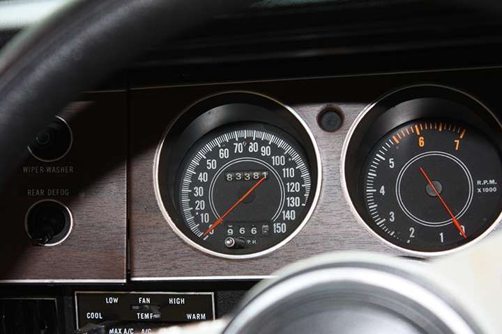 1971-Dodge-Challenger-RT-dash