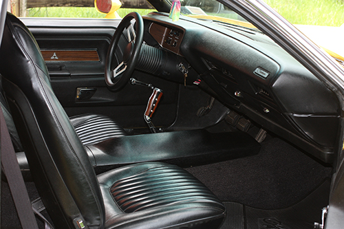 1971-Dodge-Challenger-RT-interior