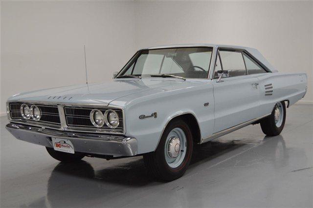 1966-Dodge-Hemi-Coronet-3qtr