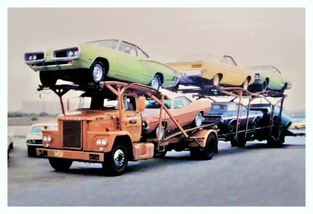 1970s-Mopars-Delivery