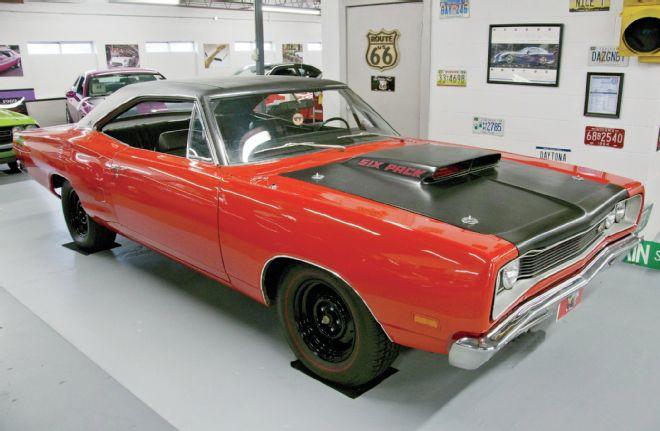 1969-A12-Road-Runner