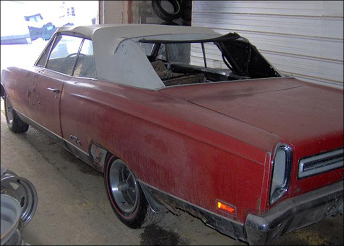 1969-Plymouth-GTX-3qtr-rear
