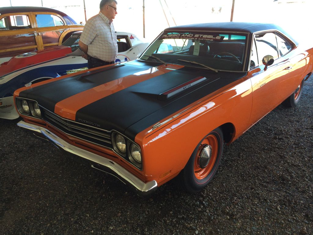 1969-Plymouth-Road-Runner-Hemi-Russo-Steele