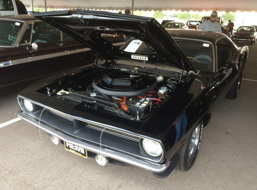 1970-Plymouth-Cuda-AAR-Hemi-Barrett-Jackson