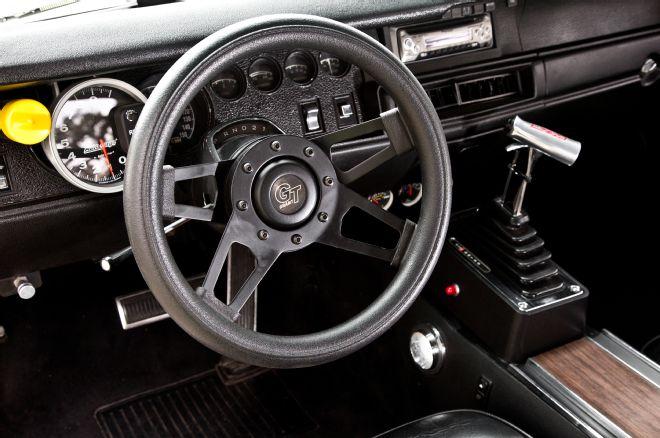 1970-plymouth-roadrunner-instrument-panel
