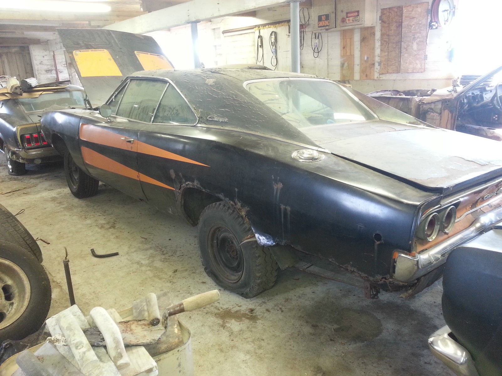 1968-Dodge-Charger-3qtr-rear