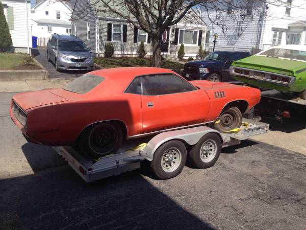 Five Mopars in One Barn Find on Craigslist | Mopar Blog