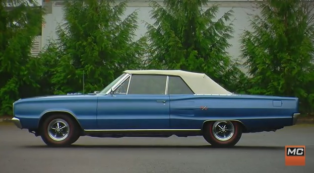 1967-Dodge-Coronet-RT-side