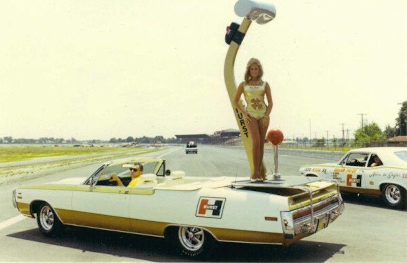1970-Chrysler-300H-convertible-side