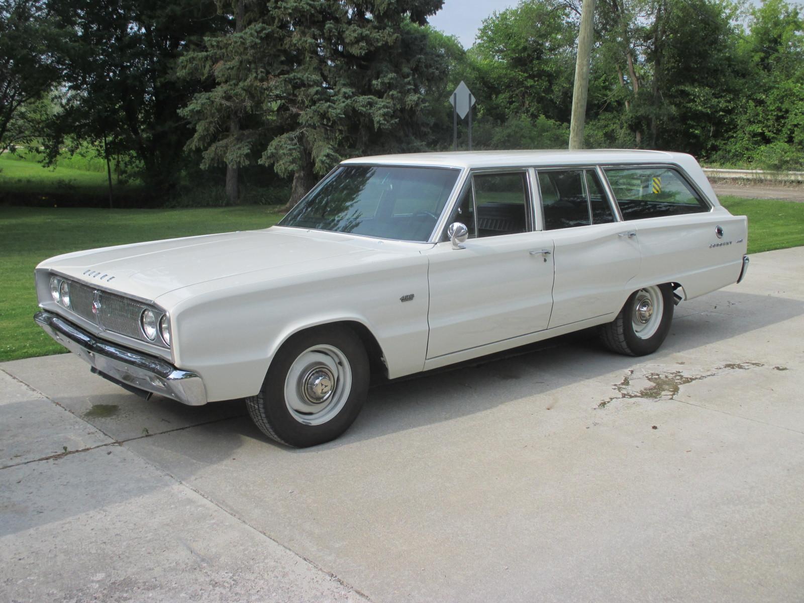 1967-Dodge-Coronet-3qtr