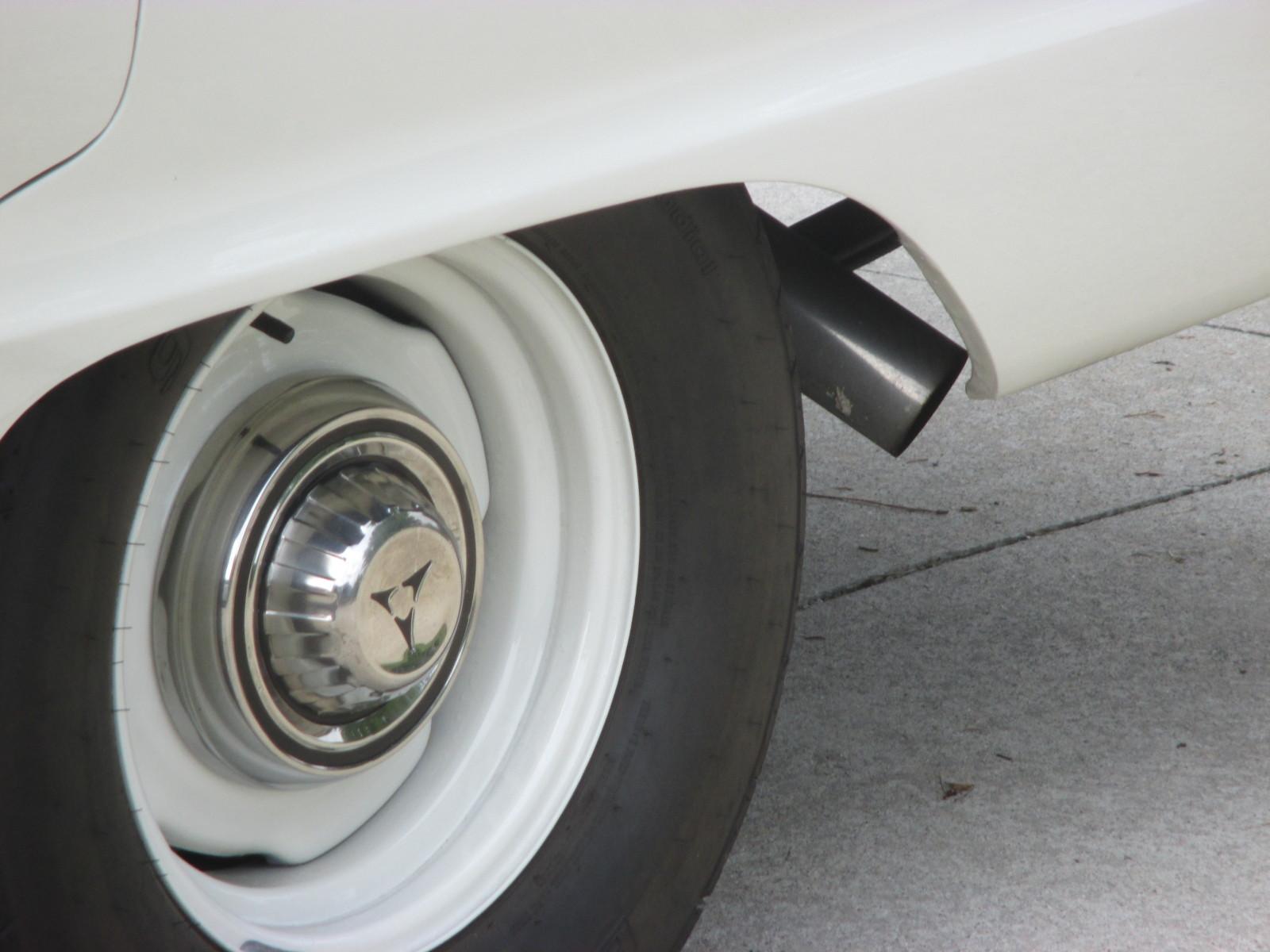 1967-Dodge-Coronet-wheel