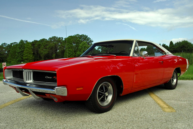 1969-Dodge-Charger-3qtr