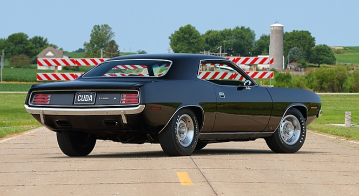 1970-Plymouth-Cuda-3qtr-rear