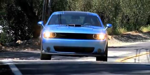 Dodge-Challenger-392-Shaker
