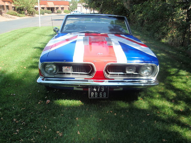 1967-Plymouth-Barracuda-front