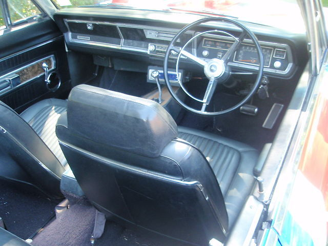 1967-Plymouth-Barracuda-interior