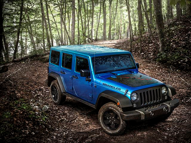 2016-Jeep-Wrangler-Black-Bear-3qtr