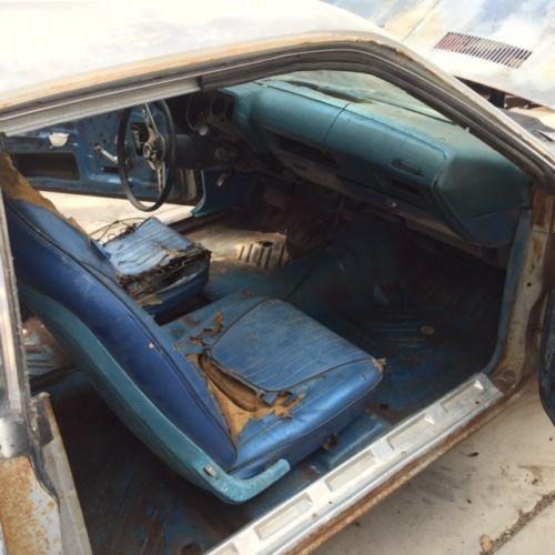 1970-Plymouth-Barracuda-interior