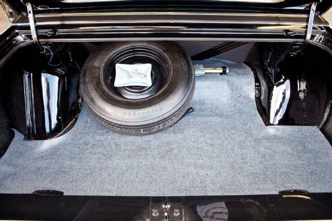 1973-plymouth-satellite-trunk