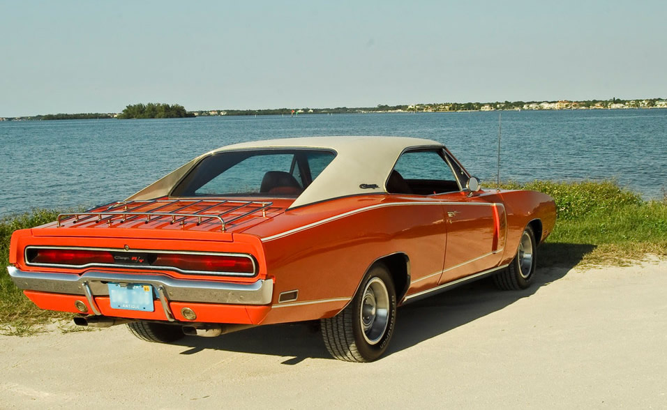1970-Dodge-Charger-RT-3qtr-rear