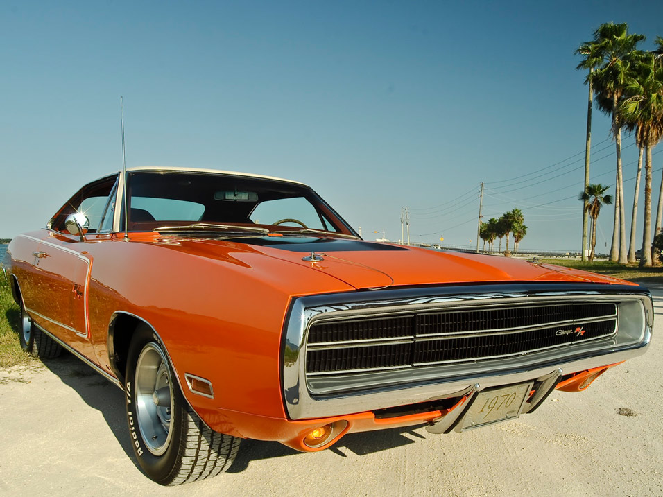 1970-Dodge-Charger-RT-front