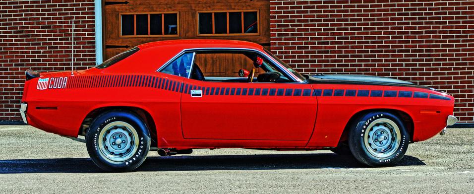 1970-Plymouth-AAR-Cuda-side