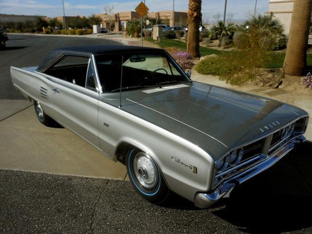 1966-Dodge-Coronet-Hemi-3qtr-2