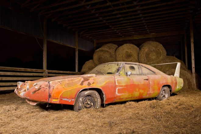 1969-Dodge-Daytona-3qtr