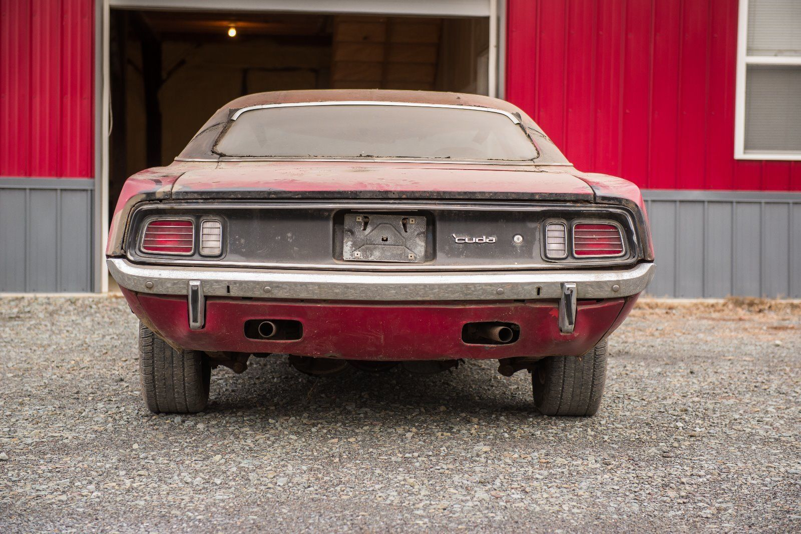1971-Plymouth-Barracuda-rear