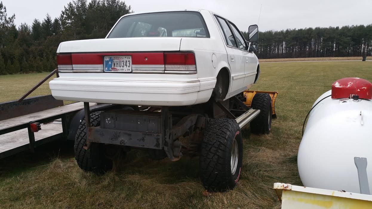 1993-Plymouth-Acclaim-rear
