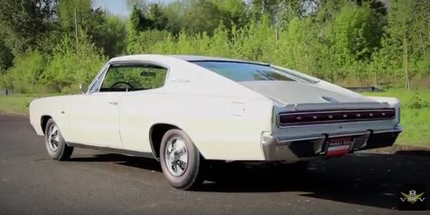 1967-Dodge-Charger-Hemi