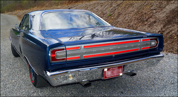 1968-Plymouth-GTX-rear