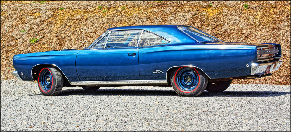 1968-Plymouth-GTX-side