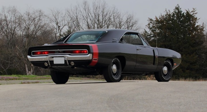 1970-Dodge-Charger-3qtr-rear