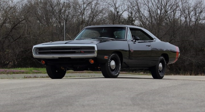 1970-Dodge-Charger-3qtr