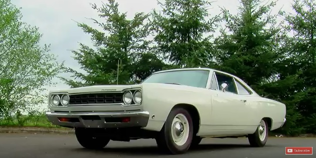 1968-Plymouth-Hemi-Road-Runner