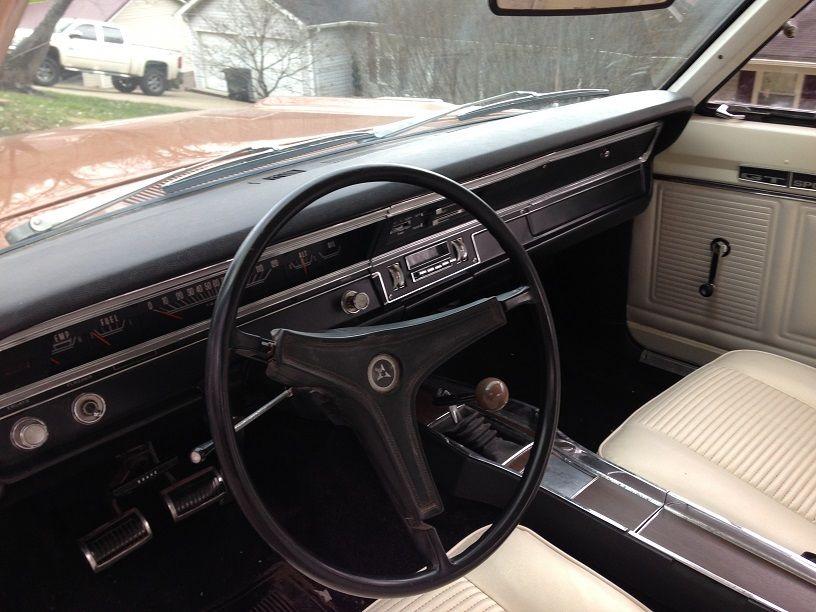 1969-Dodoge-Dart-GTS-interior