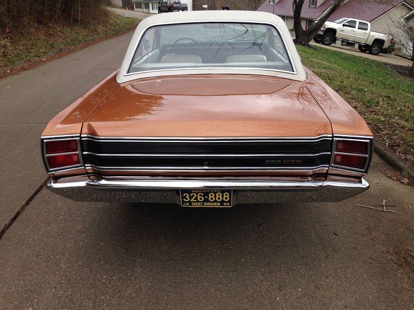 1969-Dodoge-Dart-GTS-rear