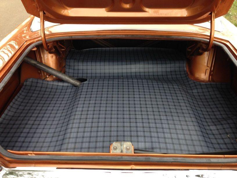1969-Dodoge-Dart-GTS-trunk