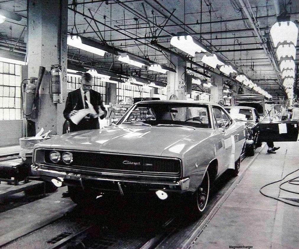 What Is Mopar >> 1968 Dodge Charger on the Hamtramck Assembly Line   Mopar Blog