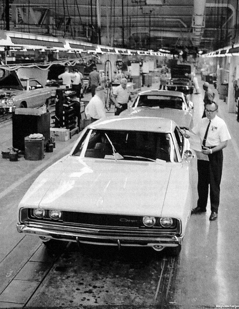 Dodge Viper For Sale >> 1968 Dodge Charger on the Hamtramck Assembly Line | Mopar Blog